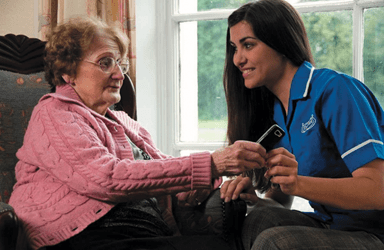 Reasons for Choosing Home Care for Elderly Loved Ones