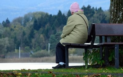 How to Manage Feelings of Loneliness & Find Help